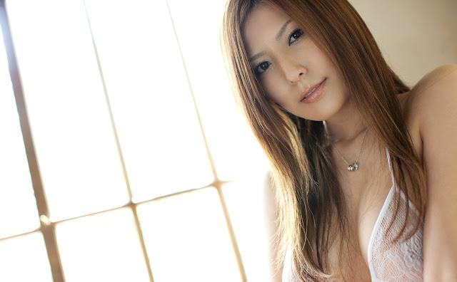 Shiina Yuna 椎名ゆな Photos 03