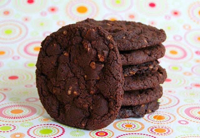 sarahs torten und cupcakes double chocolate cookies. Black Bedroom Furniture Sets. Home Design Ideas