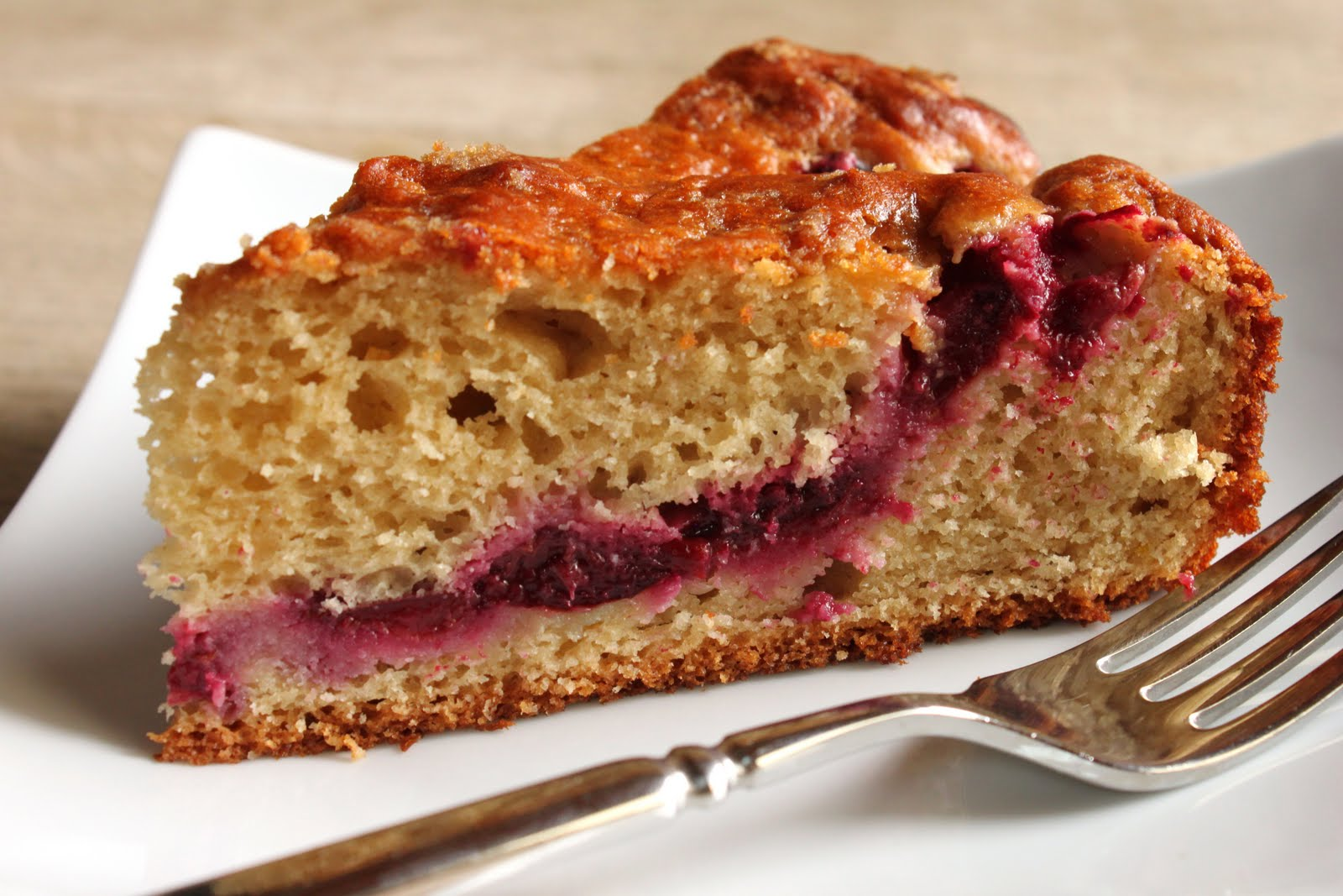 Plum+yogurt+cake+slice.jpg