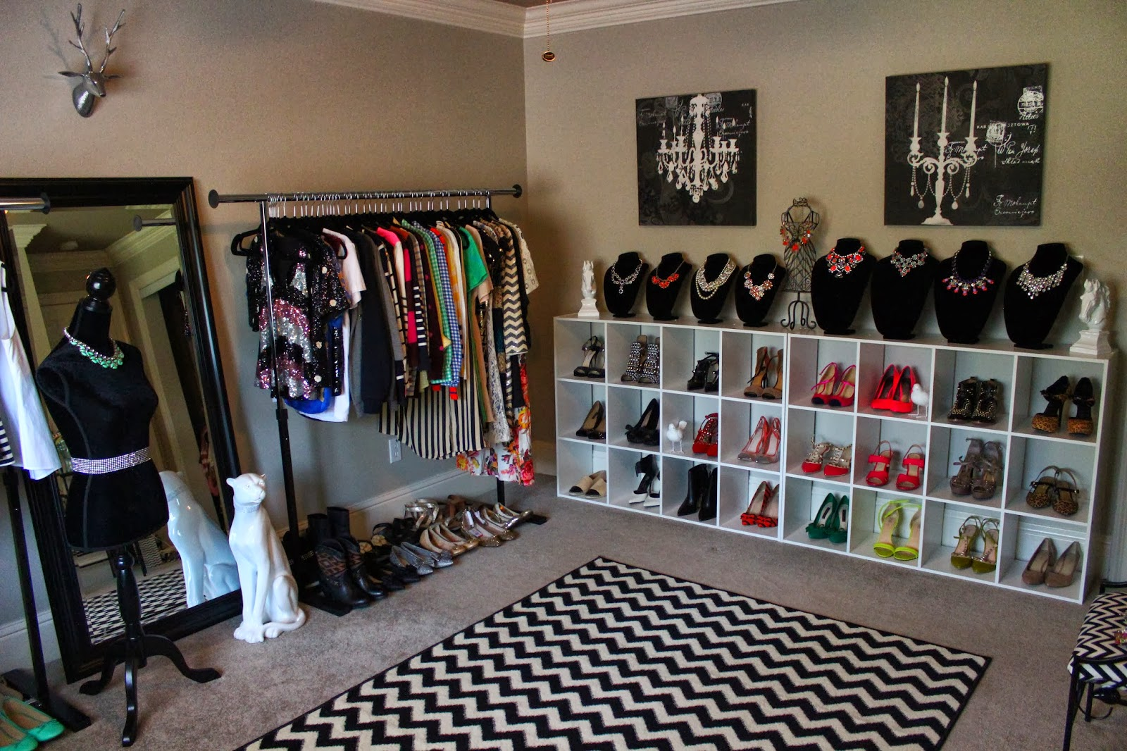 Pin Spare Bedroom Into A Dressing Room Walk In Closet On Pinterest