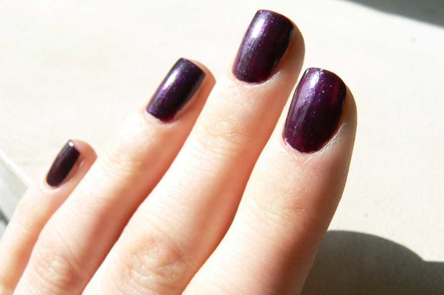 Avon Gel Finish Perfectly Plum piękny kolor