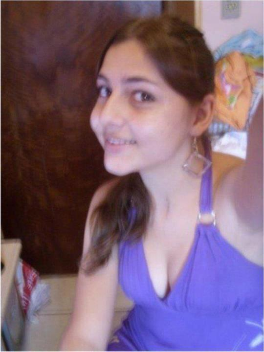 Fresh indian and pakistani desi chicks cute innocent khushi personal best photos - Fresh teen girls ...