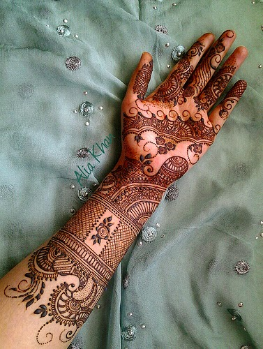 Mehndi For Dp : New mehndi designs coold facebook cool dp for