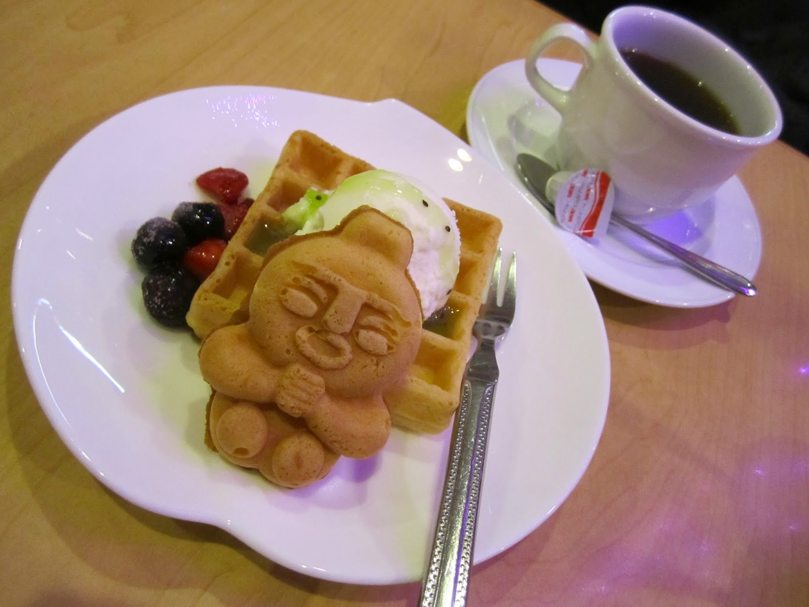 Handmade Waffle Set Minami Coffee Shop Cafe Hachinohe 手作りワッフルセット 香彩珈琲 みな実 三日町中央店