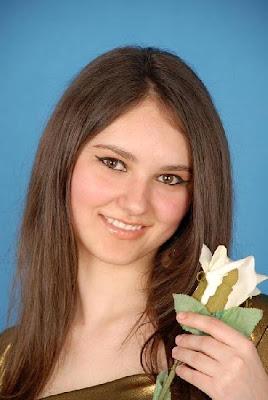 Nenas Bonitas de Rumania