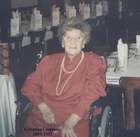 De honderdjarige Celestina Ceuppens 1893-1993 ook actief met het kaartspel en kruiswoordpuzzels
