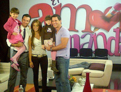 Fotos de la telenovela Porque el amor manda