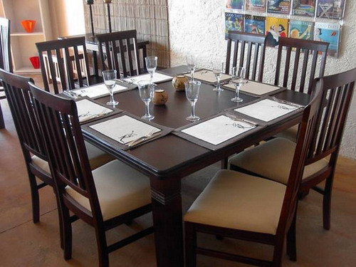 types of dining table shapes which you can choose for your dining room