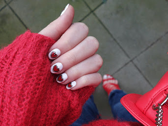 HEART NAILS FPR VALENTINE'S DAY