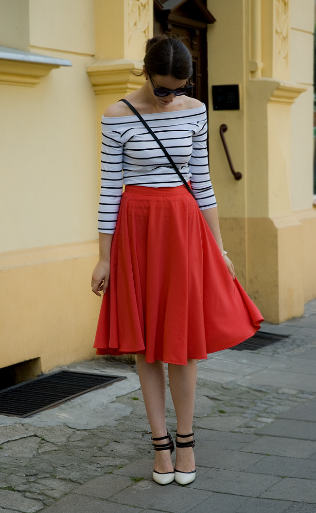 OOTD: stripes and red midi skirt