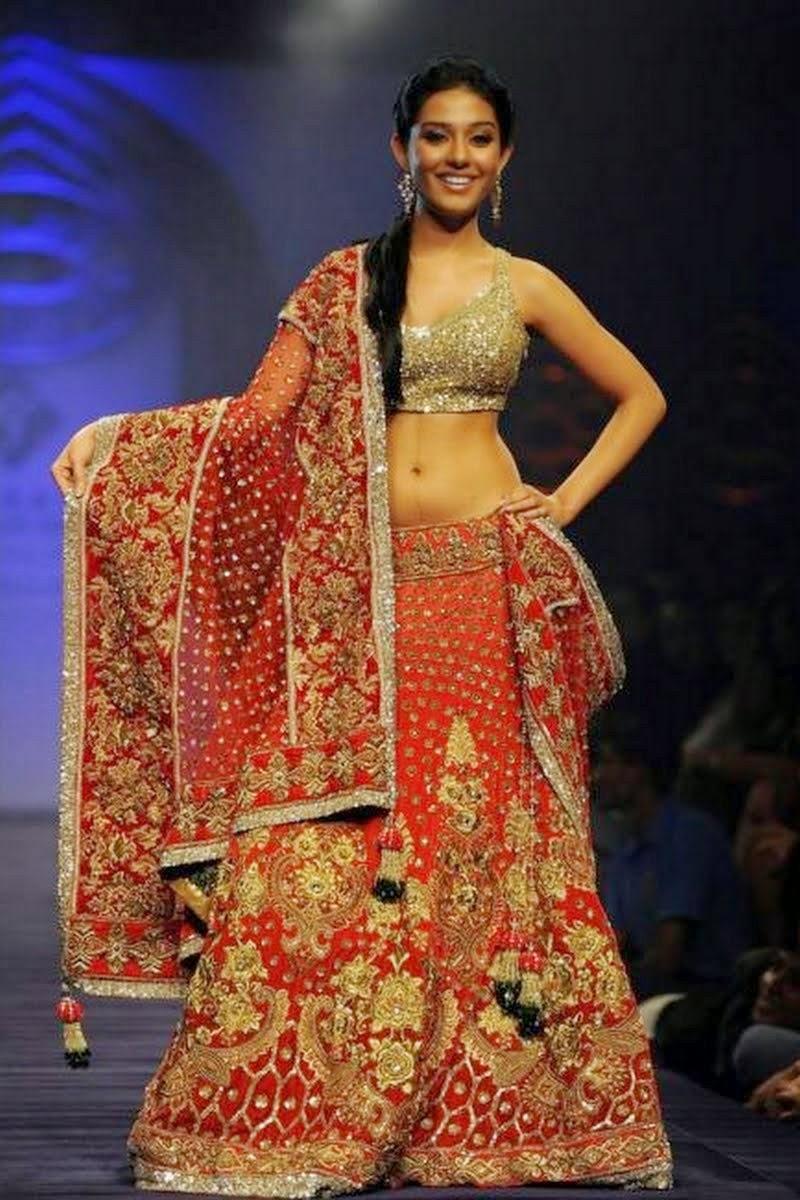 Amrita Rao in a Bridal Lehenga at Fashion Show
