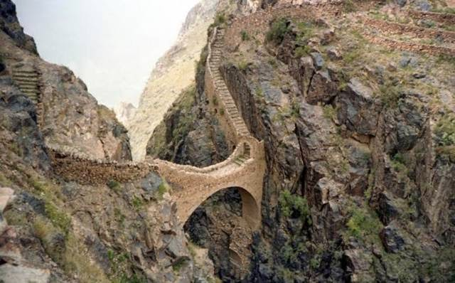 Built in the 1600s to connect the mountaintop towns, this bridge is still used by locals, but tourists are advised to seek help from a guide.