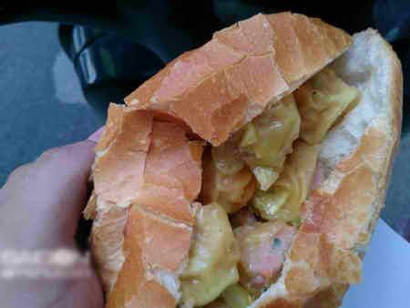7 món ăn nổi tiếng của bánh mì Sài Gòn, banh mi sai gon, banh mi op la, banh mi bi, banh mi cha ca, banh mi xa xiu, banh mi thit nuong, banh mi thit cha, banh mi ngon, mon an ngon, sai gon am thuc, mon ngon sai gon, diem an uong ngon, an uong sai gon
