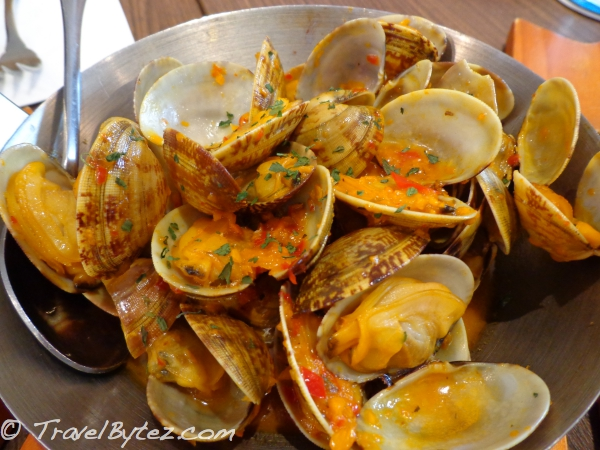 Clams with Curry Butter