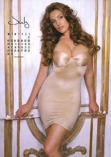 Kelly Brook Calendar Pics, 2012 Calendar Pics