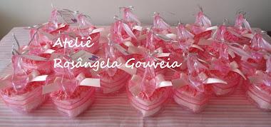 Lembrancinhas de coração com sapatinho - rosa 6,5x6,0x4,0 cm