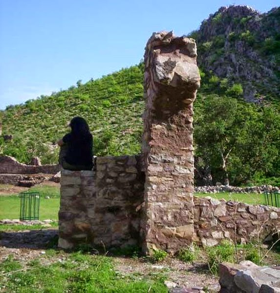 Haunted Places List In India: Gods Own Web: Bhangarh Ghost Place In Rajasthan