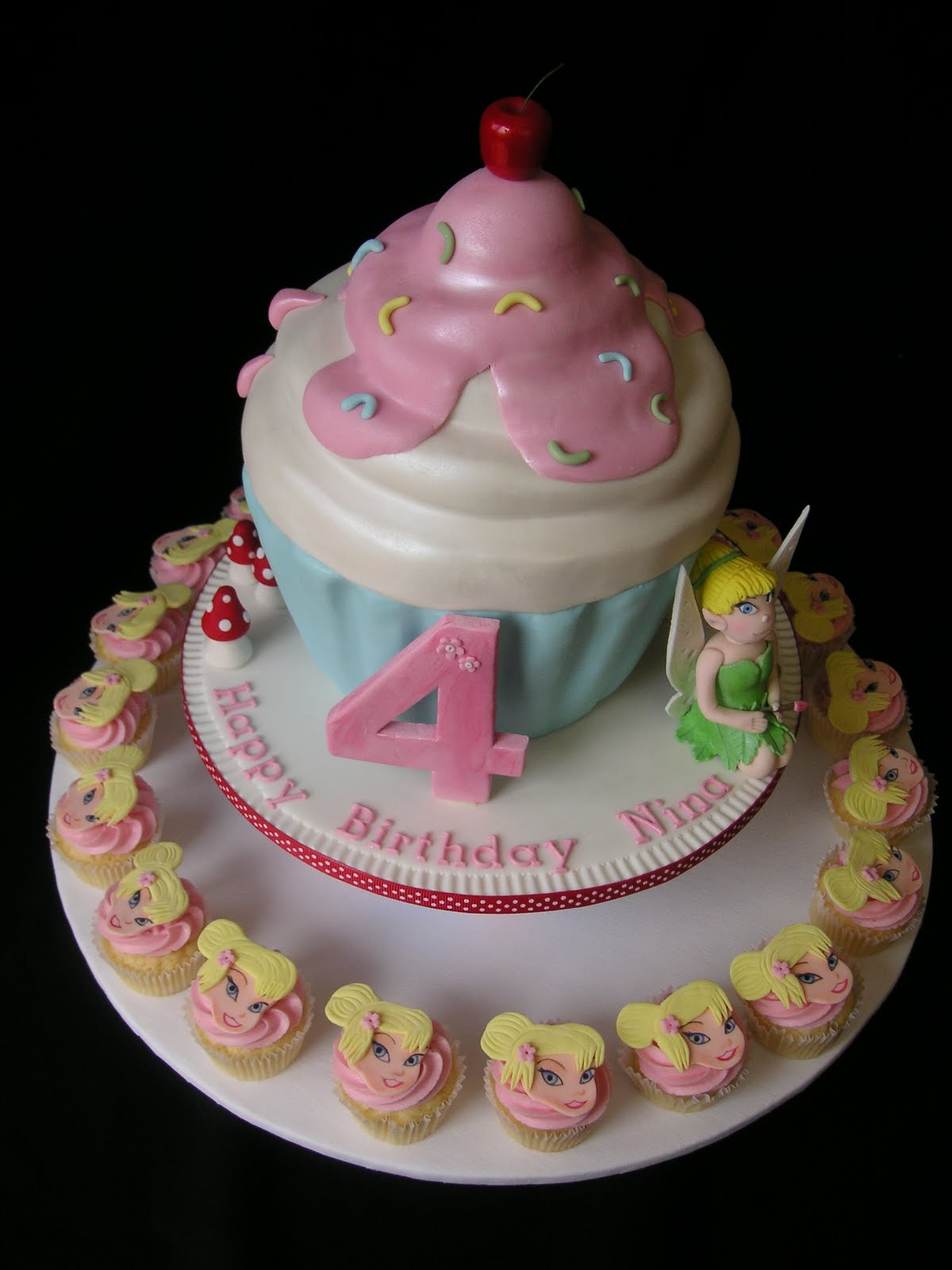 Cake Designs Using Cupcakes : Birthday Cakes Idea: Cupcake Birthday Cakes Idea