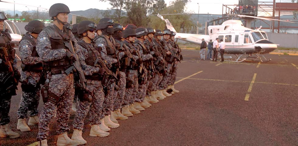 Michoacan Bajo Fuego.  Fotogaleria.  Las Victimas de Paracuaro Armadas03