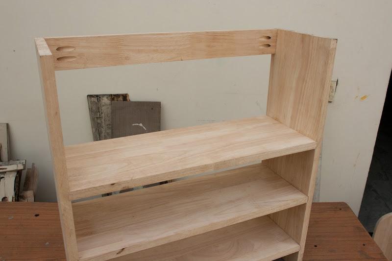 Hidden Pocket Hole Wall Shelf