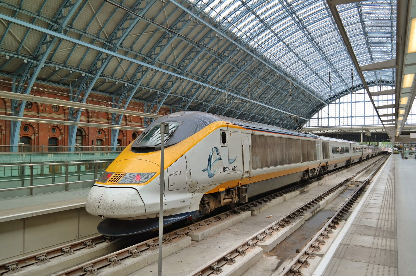 1600 dollars en eurostar timetable and prices