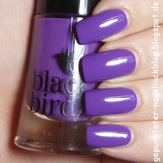 http://gepunkteter-nagellackblog.blogspot.de/2014/11/lacke-in-farbe-und-bunt-violett.html