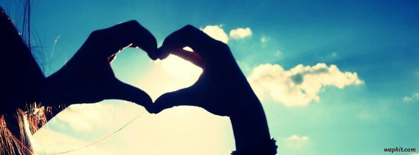 Parmaklardan kalp,gökyüzü facebook kapak resmi