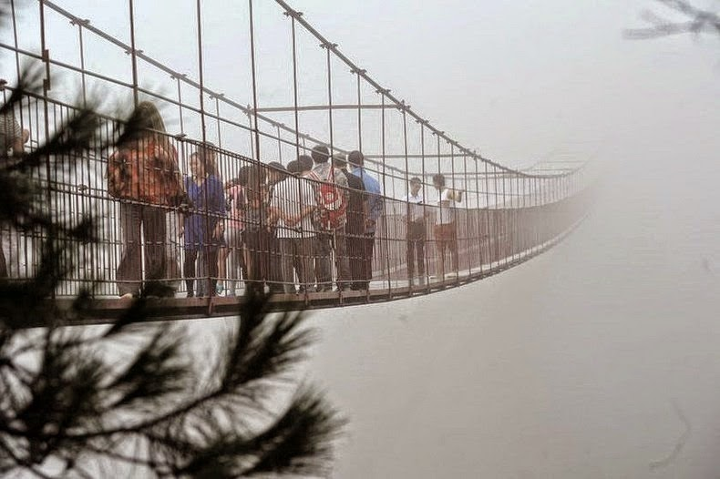 puente colgante en china
