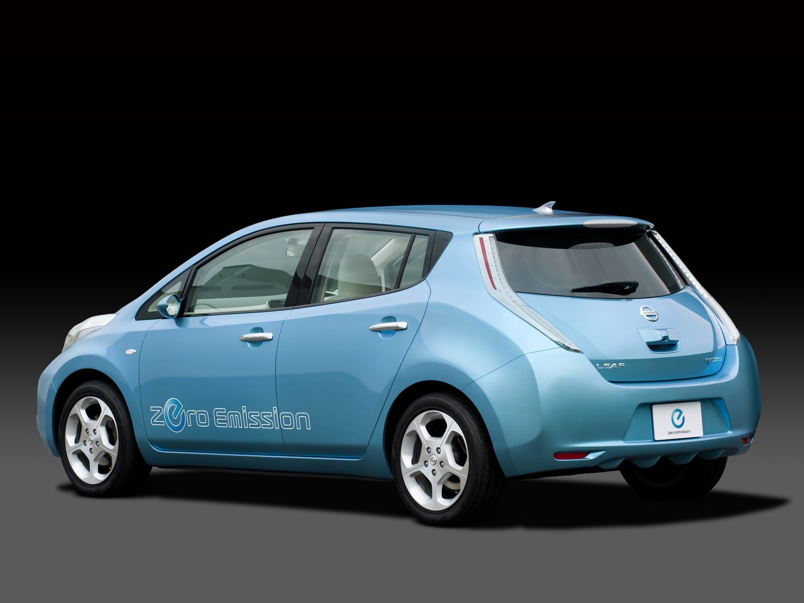 Car Photos, Review, Features, Insurance Information, Specs.