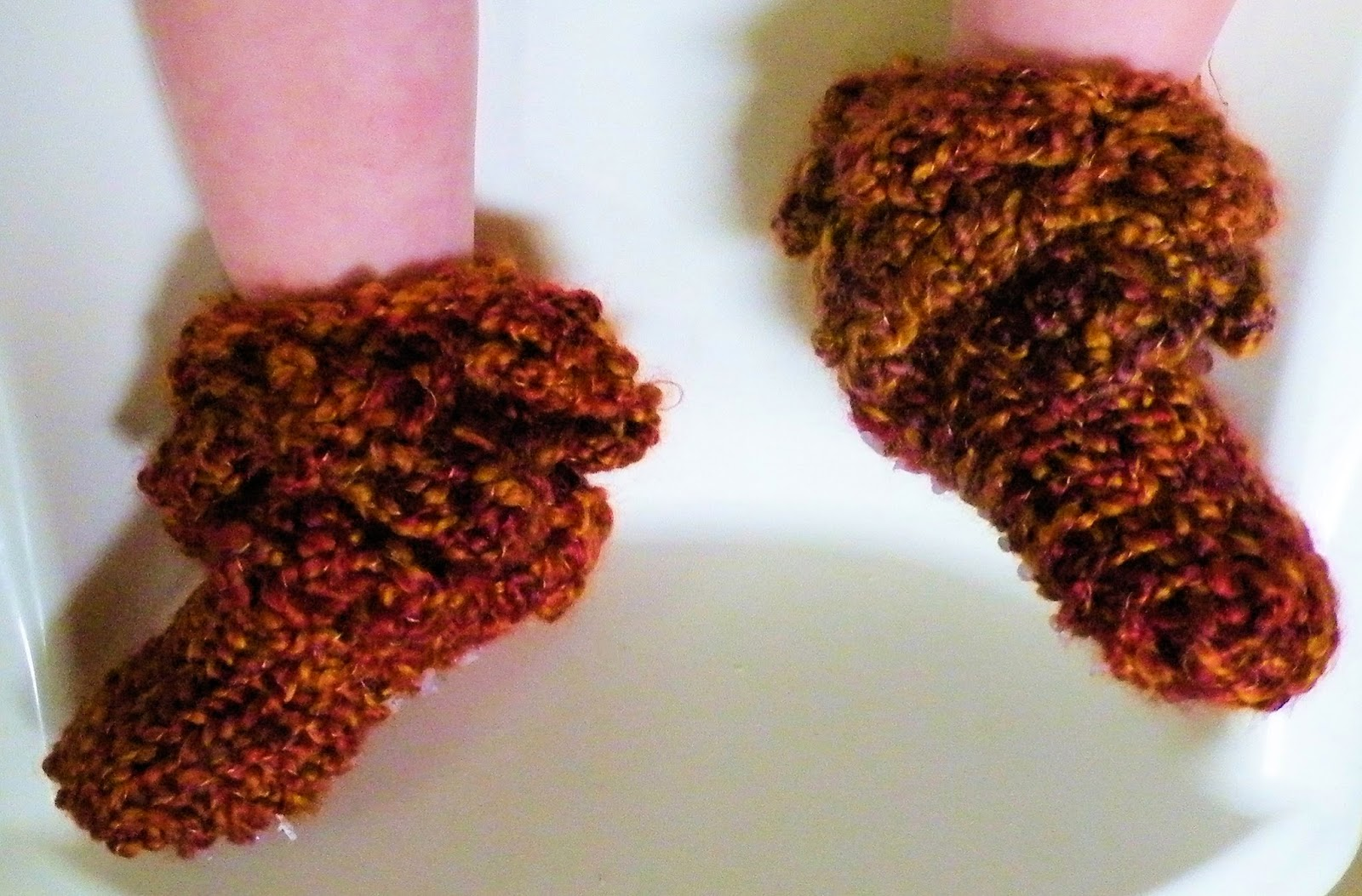 The Loom Muse How To Loom Knit Fall Baby Booties