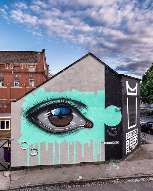 MyDogSighs spent his week-end in lovely Bristol, UK where he took part in the mega Street Art festival known as Upfest.