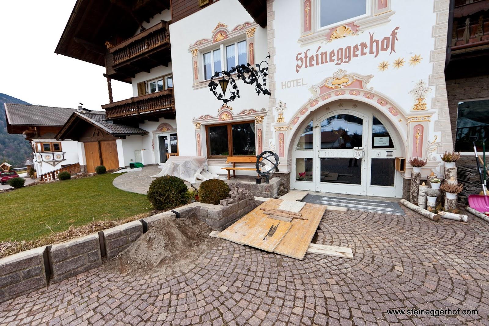 http://www.steineggerhof.com/en/information/fotogallery/umbau-2013-2014-id-5955119574104560001.html