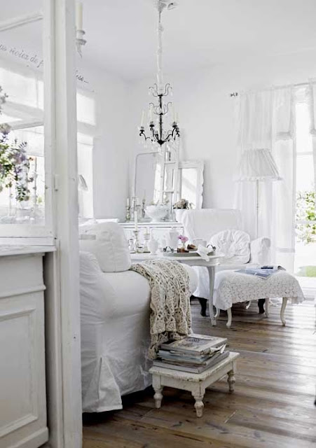 Shabby and charme in baviera una stupenda casa in stile for Casa country chic