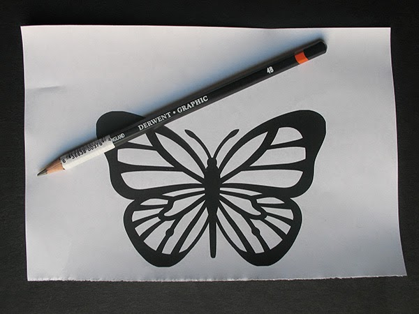Traced design with 4B pencil