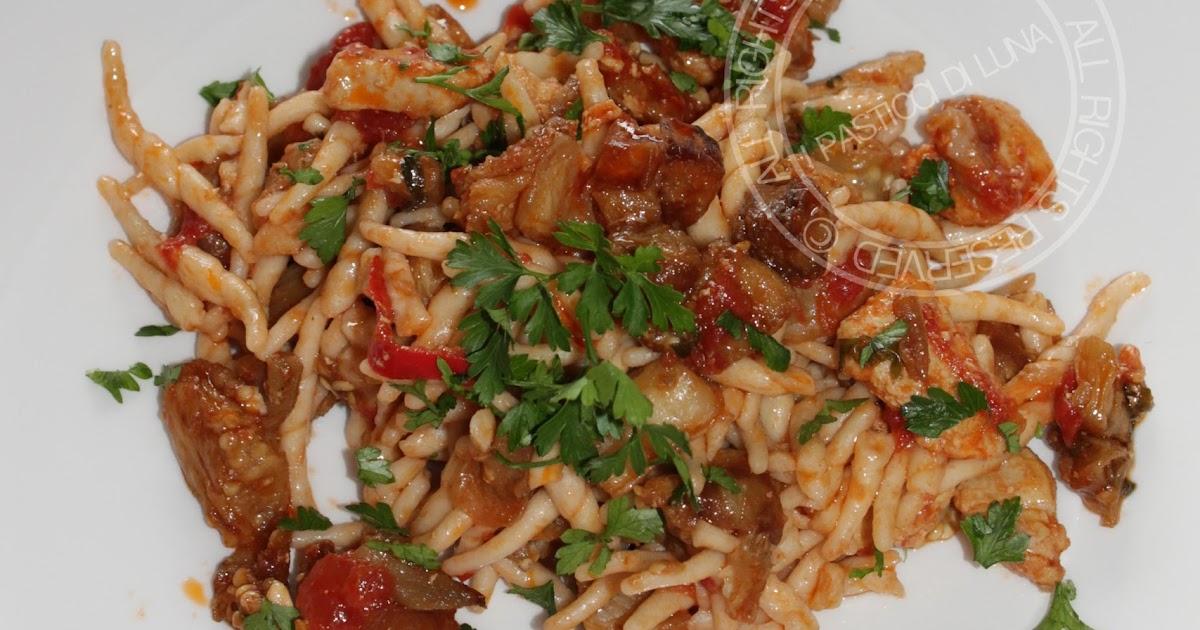 ... di Luna: Ricetta Pasta alla siciliana con pesce spada e melanzane