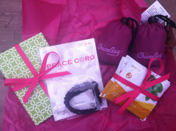 Dazzley Box Review - Septemeber 2012 - Women's Monthly Subscription Box
