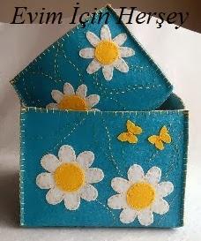 çiçekli kare kutu
