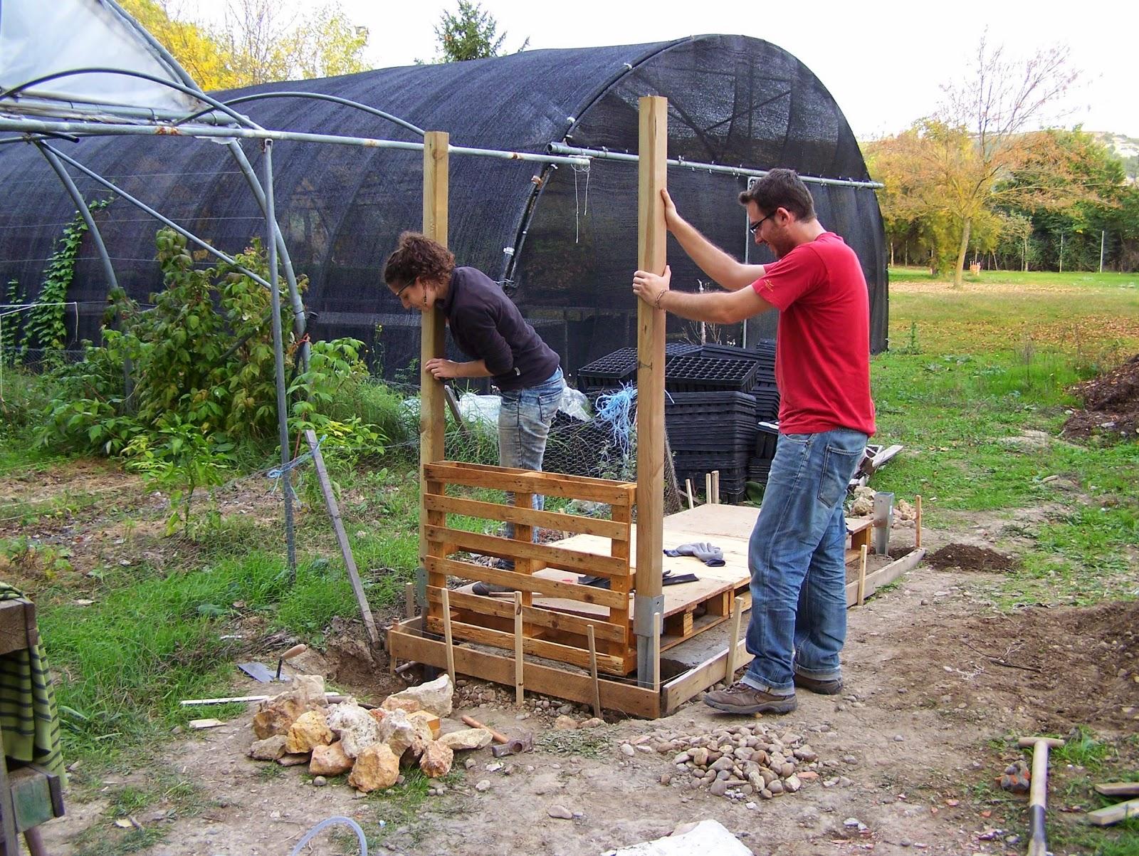 Soberania alimentaria m ntate un huerto caseta de aperos for Caseta herramientas