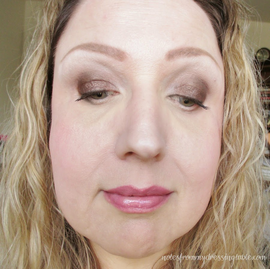 An Easy Smokey Eye Look Eye Look Close Up notesfrommydressingtable.com