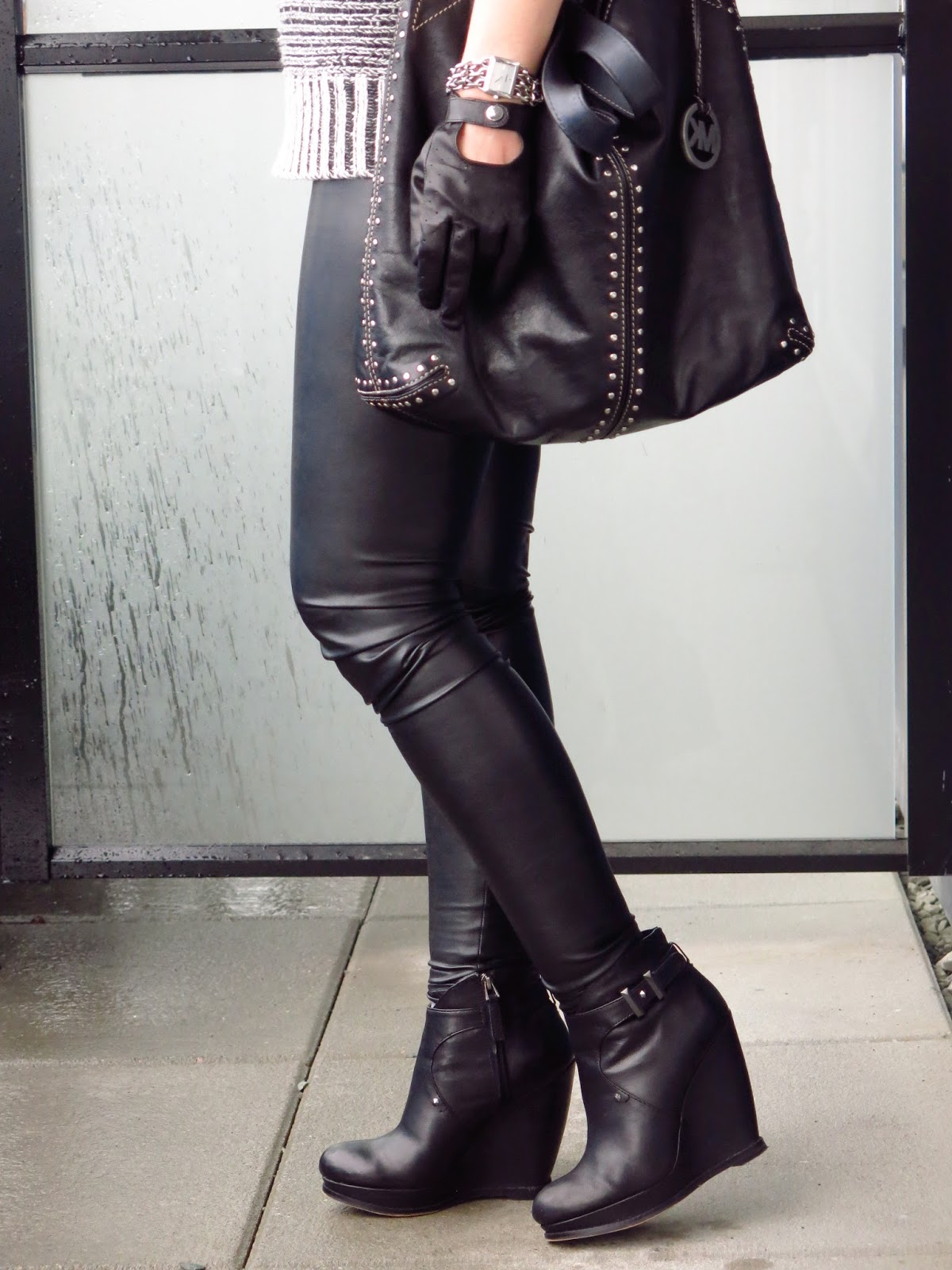 vegan leather leggings, wedge booties, Michael Kors bag, driving gloves