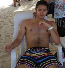 martin del rosario shirtless chest hair nipples sexy boxers bulge bakat scandal pictures girlfriend