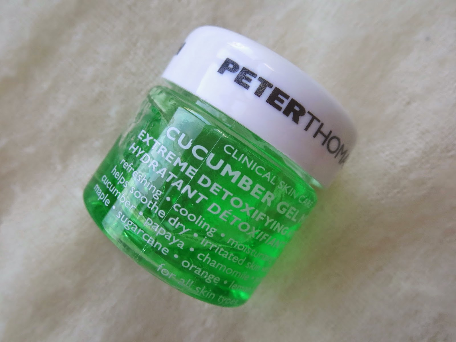 a picture of Peter Thomas Roth Cucumber Gel Mask