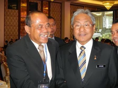 YB. Dato Hasan bin Malek Menteri Perdagangan Dalam Negeri Dan Koperasi & Kepegunaan 10/12/2013