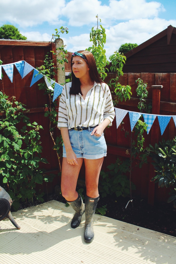 ASOS, asseenonme, hunterboots, festival, festivalclothes, festivalfashion, headband, denimshorts, levishorts, levis, lookoftheday, lotd, ootd, outfitoftheday, h&m, vintage, whatimwearing, wiw