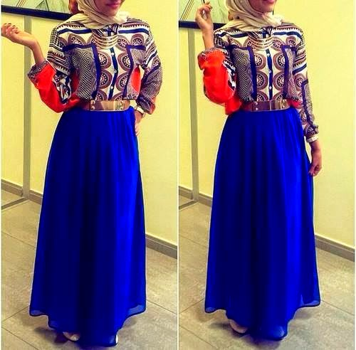 Blue-hijab-robe-bleu