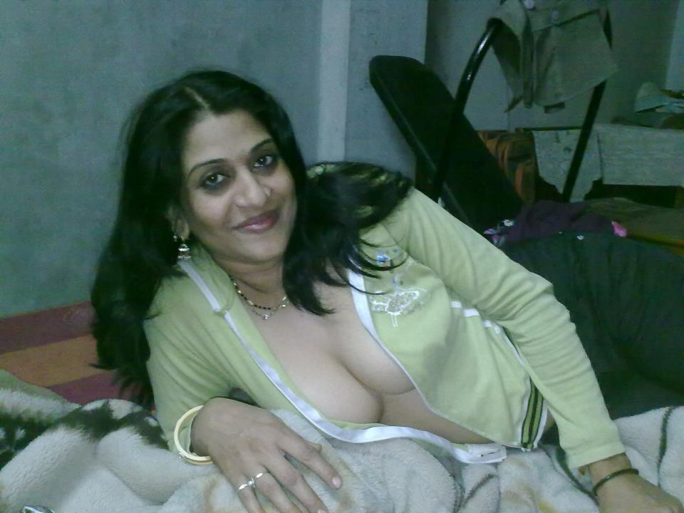 Desi Home Made Mobile Sex 44