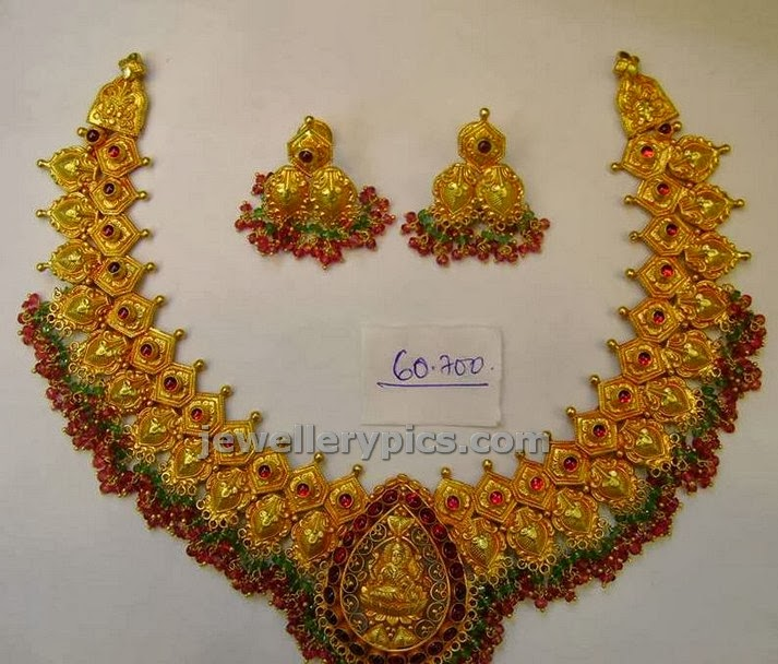 antique lakshmi  locket necklace varakrupa jewellers