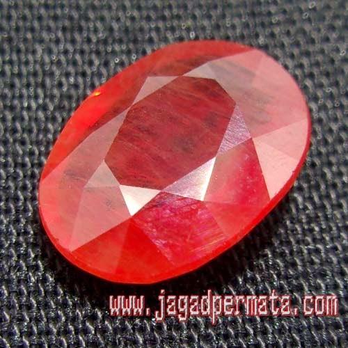 Batu Paparaca Safhire