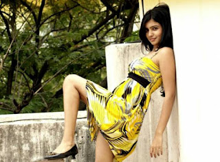 samantha sexy pic in yellow dress