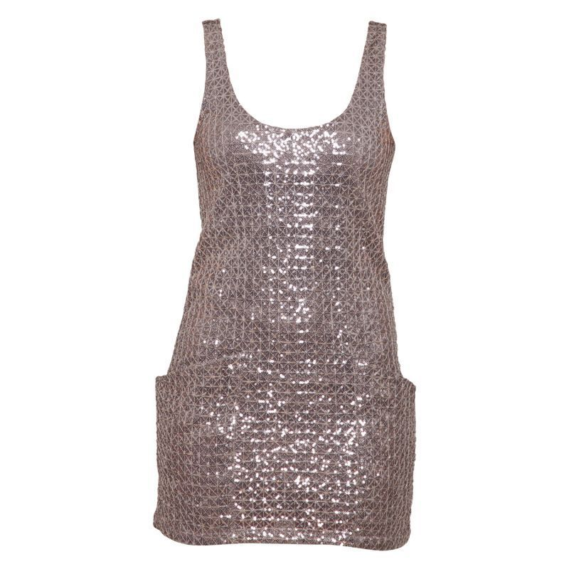 bare bryster studerende kjole